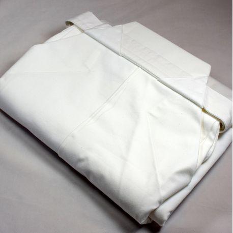 aikido white hakama japan